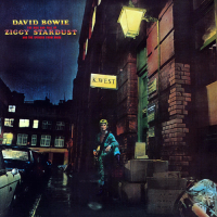 David Bowie -  The Rise and Fall of Ziggy Stardust and the Spiders from Mars - Classic Music Review